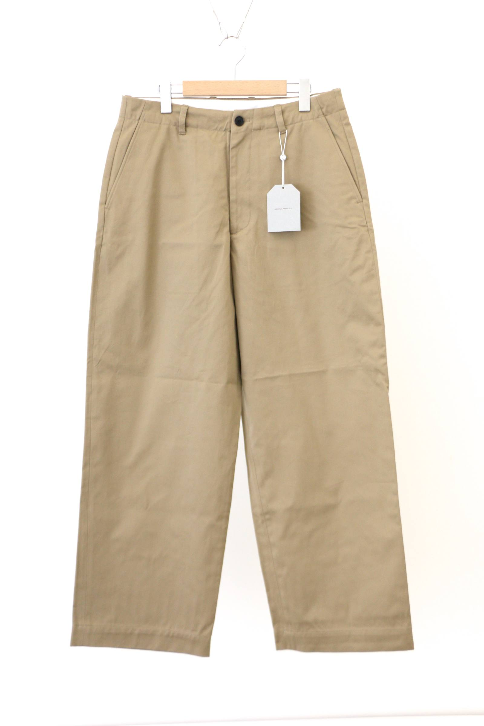 「ラスト1点!!」「即日発送可能!!」UNIVERSAL PRODUCTS NO TUCK WIDE CHINO TROUSERS BEIGE