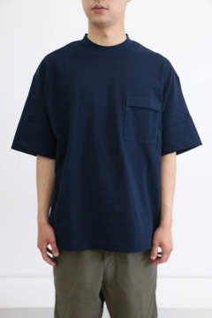 「即日発送可能!!」I INVERTED PLEATS POCKET T-SHIRT NAVY